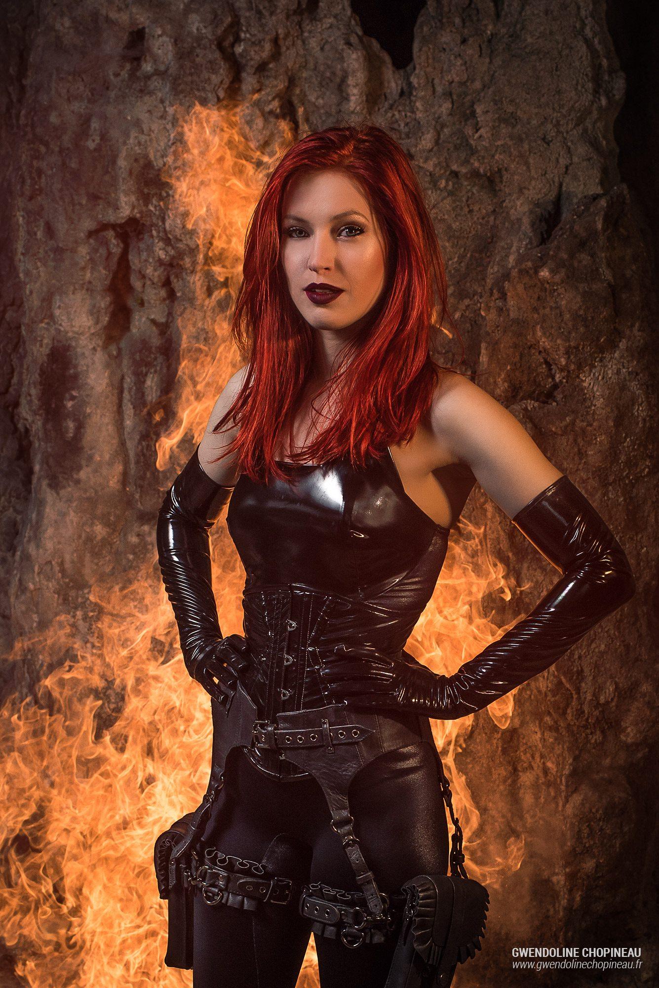 Ariel Firestone effets cracheur de feu